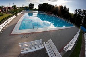 Woda techniczna mogłaby wypełnić basen.